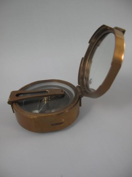 Peilkompass Messing brüniert Holzbox Kompass D.8cm