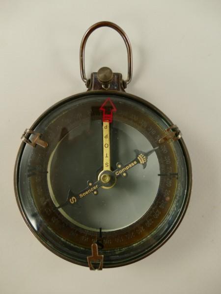 Kompass Messing brüniert H.11x8cm