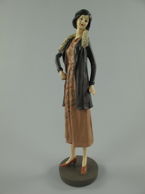 Figur Frau Polystein farbe H.39x10cm   Personen