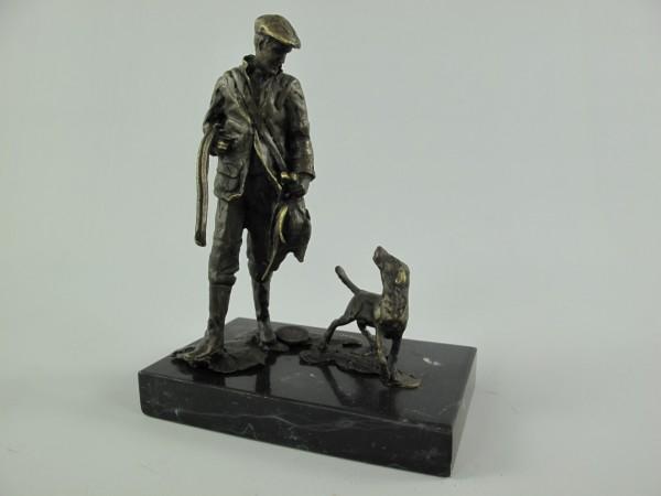 Figur Bronze Jäger mit Hund H.16x12cm