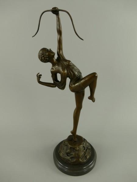 Bronze Figur Diana mit Bogen H.50x18cm
