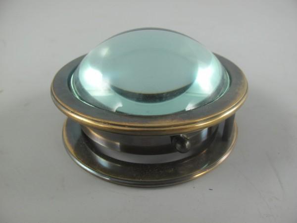 Kompaß mit Lupe Messing brüniert D.9x5cm