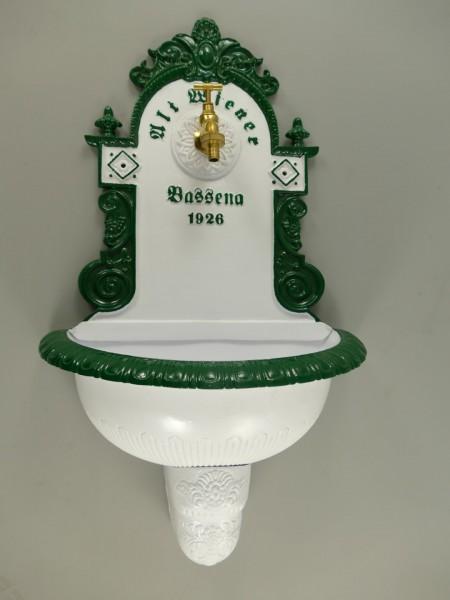 Wandbrunnen 1926 Alu Guß weiß/grün H.72cm