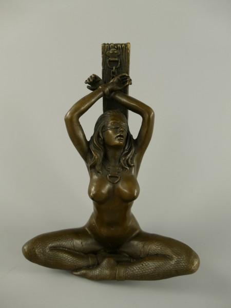 Figur Bronze Frau H.14x10cm