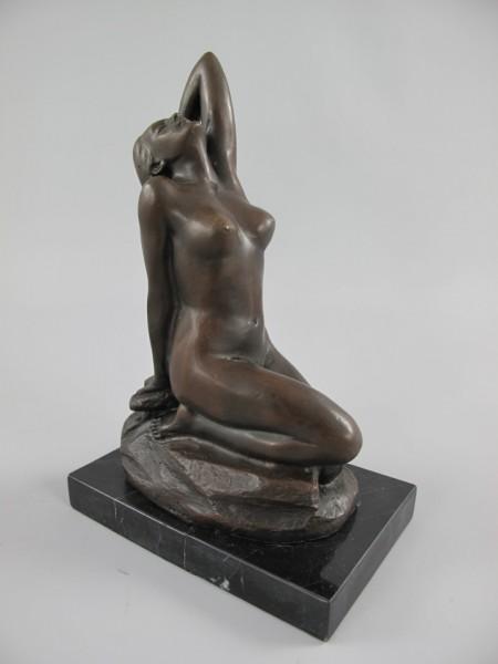 Bronze Figur FRAU H.20x13x8cm
