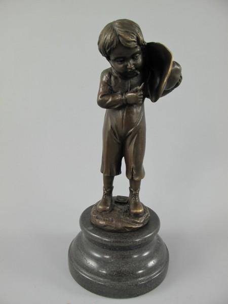 Bronze Figur Mann mit Hoed H.23x10cm